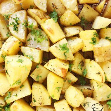 Easy Crispy Roasted Potatoes