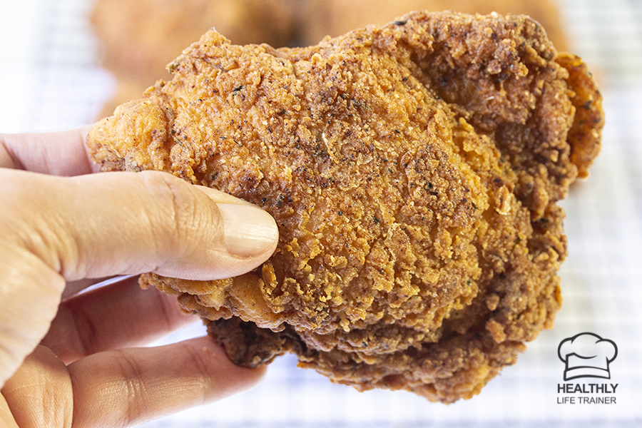 Here is your recipe to make the most crispy Fried chicken ever, even better than the ones you buy from KFC.