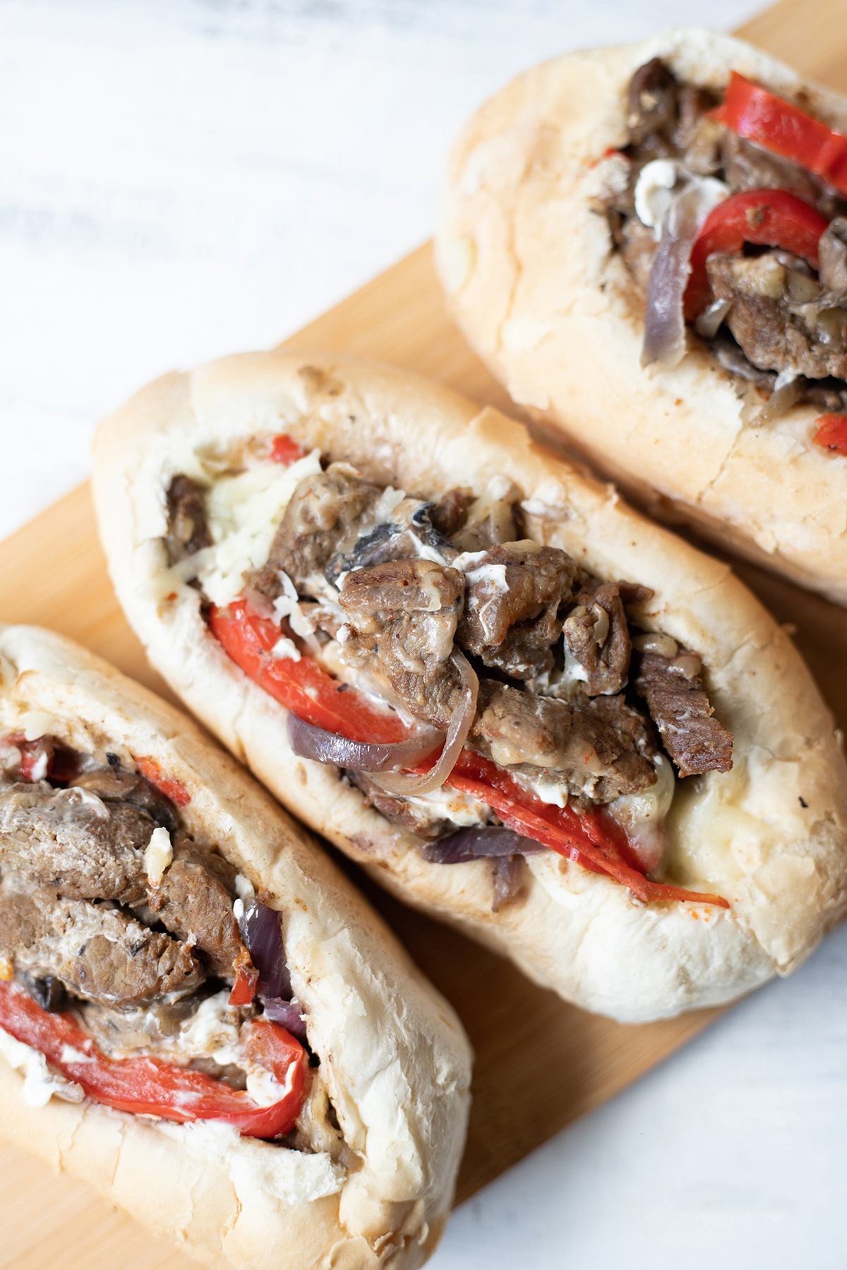 close shot to the Philly Cheesesteak Sandwich #Phillycheesesteaksandwich #EasySandwich #phillycheesesteakrecipe #lunchrecipes #bestphillycheesesteak