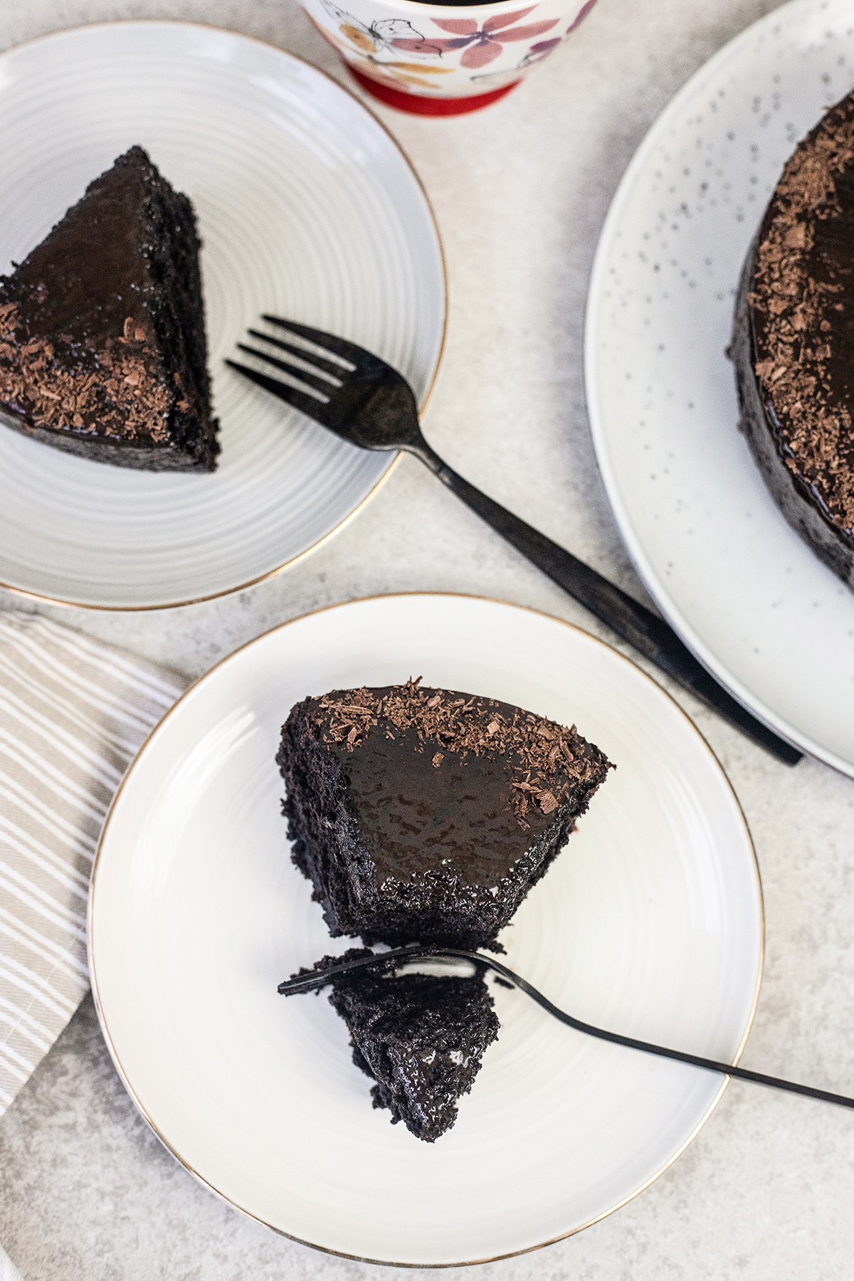 This Oreo chocolate cake is so moist, rich, and smells fantastic.