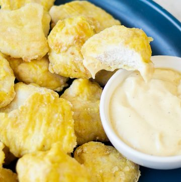 Chicken Poppers With Creamy Sauce