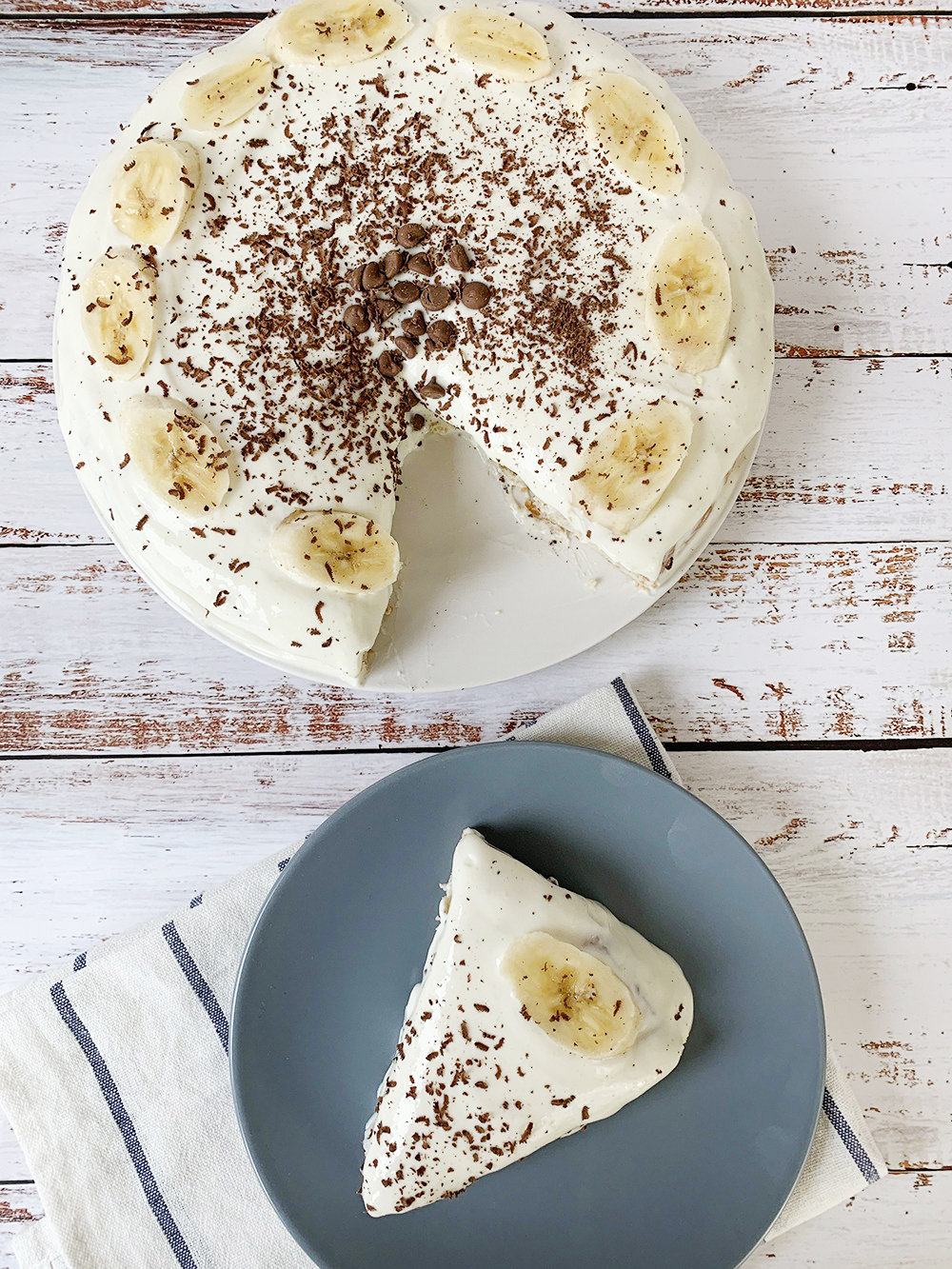Keto Banana Cake With Cream Cheese Frosting